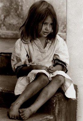Criança pobre e sofrida